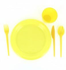 Plastic PS mes  geel 16,5 cm (15 stuks)