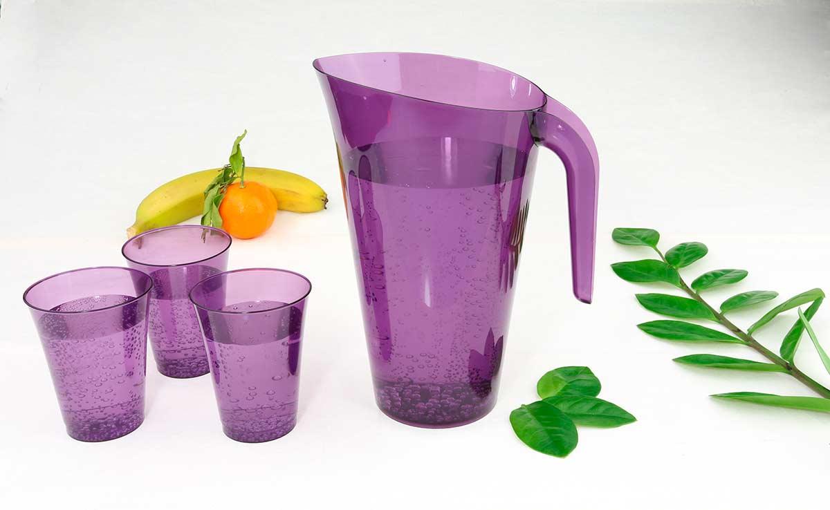 Tipos de jarras desechables de colores