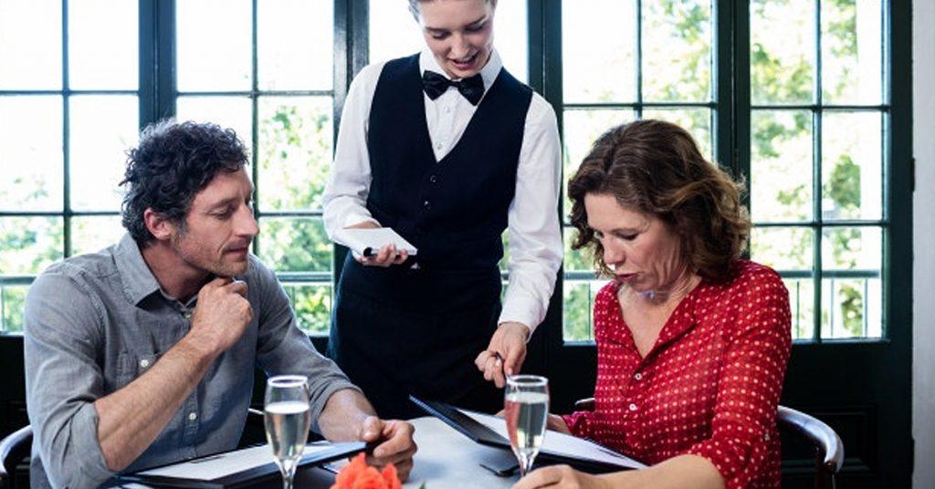 Tipos de menú entre los que elegir en un restaurante